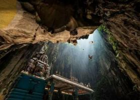 عجیبترین جاذبه های تاریخی و طبیعی دنیا