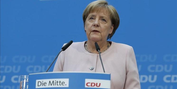 آنگلا مرکل: دولت ائتلافی آلمان به فعالیت خود ادامه می دهد