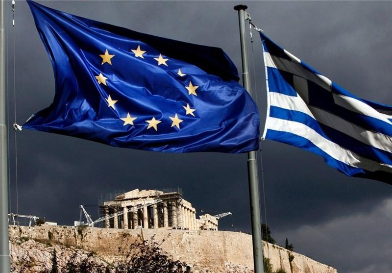 گاردین: وضعیت یونان حاصل شورش جوانان علیه نخبگان فاسد است