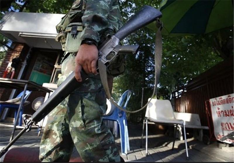 ارتش تایلند تظاهرات کنندگان هوادار دولت را محاصره کرد