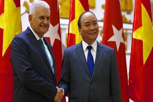 نخست وزیر ترکیه با همتای ویتنامی خود دیدار کرد
