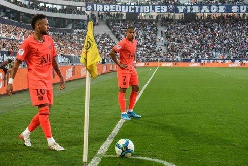 نیمار: دیگر به بارسا فکر نمی کنم، مسی قهرمان داستان در بارسلونا است