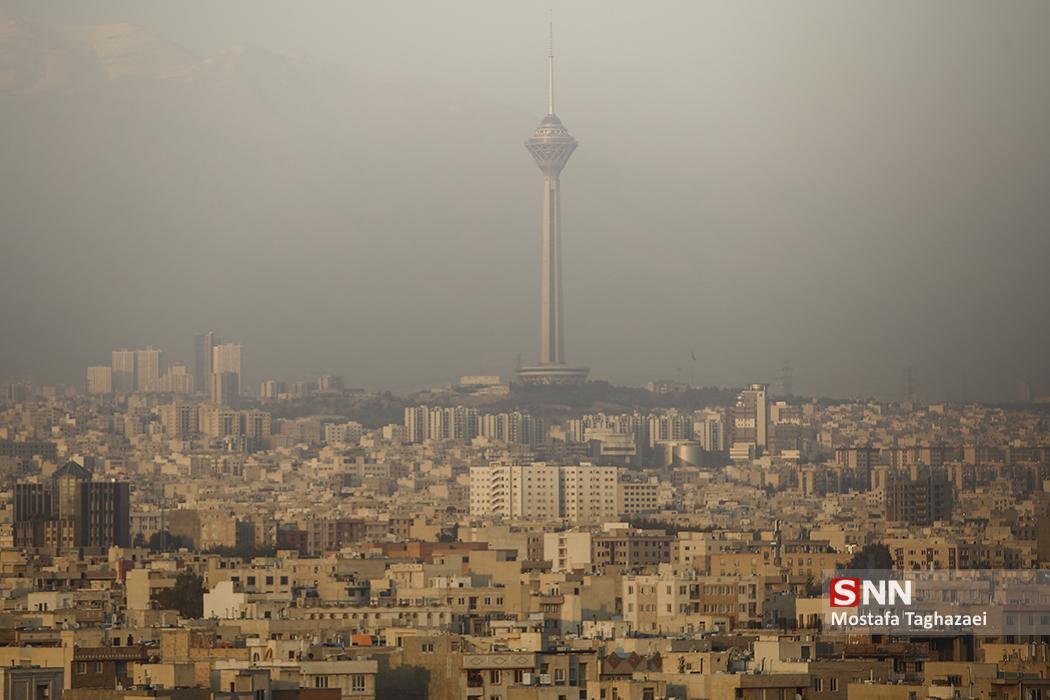 هوای تهران به شرایط اضطرار رسید