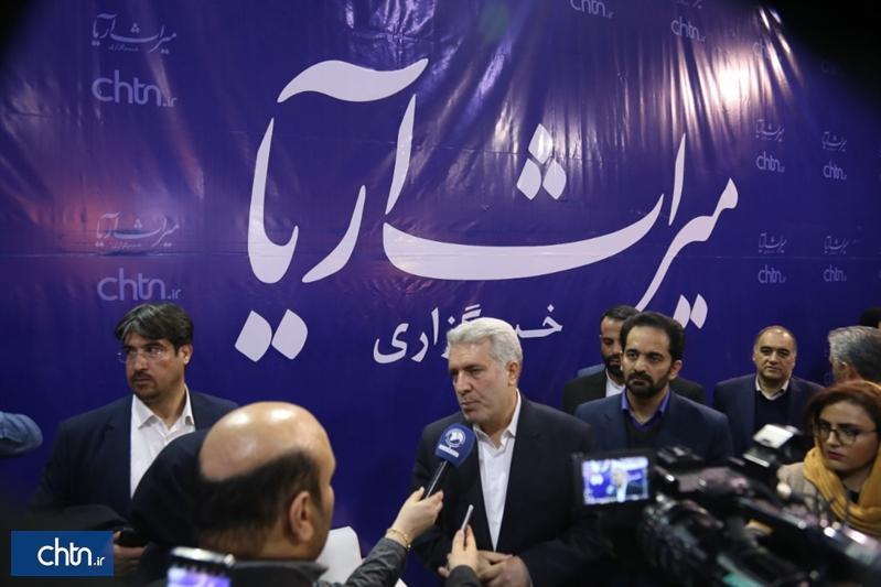 دکتر مونسان: برگزاری هم زمان نمایشگاه های گردشگری و صنایع دستی ادامه خواهد داشت