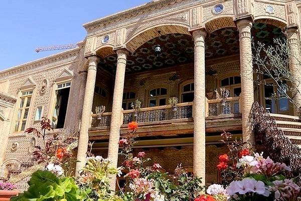 گردش به یادماندنی در خانه های تاریخی مشهد