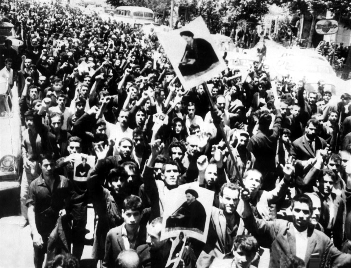 تدارک مراکز استانی صداوسیما برای 14 و 15 خرداد، 5 هزار دقیقه برنامه تولید شد