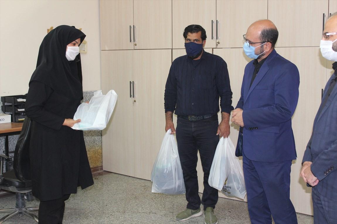 کارکنان دانشگاه آزاد اسلامی واحد تیران تجلیل شدند