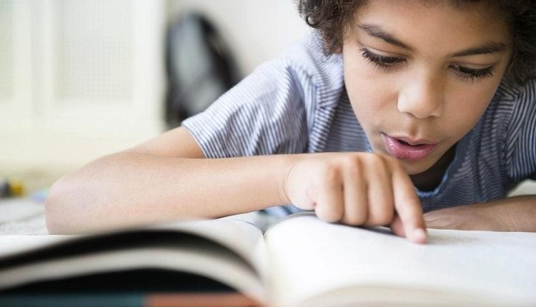 اختلال خواندن؛ علت، علائم و راه های درمان