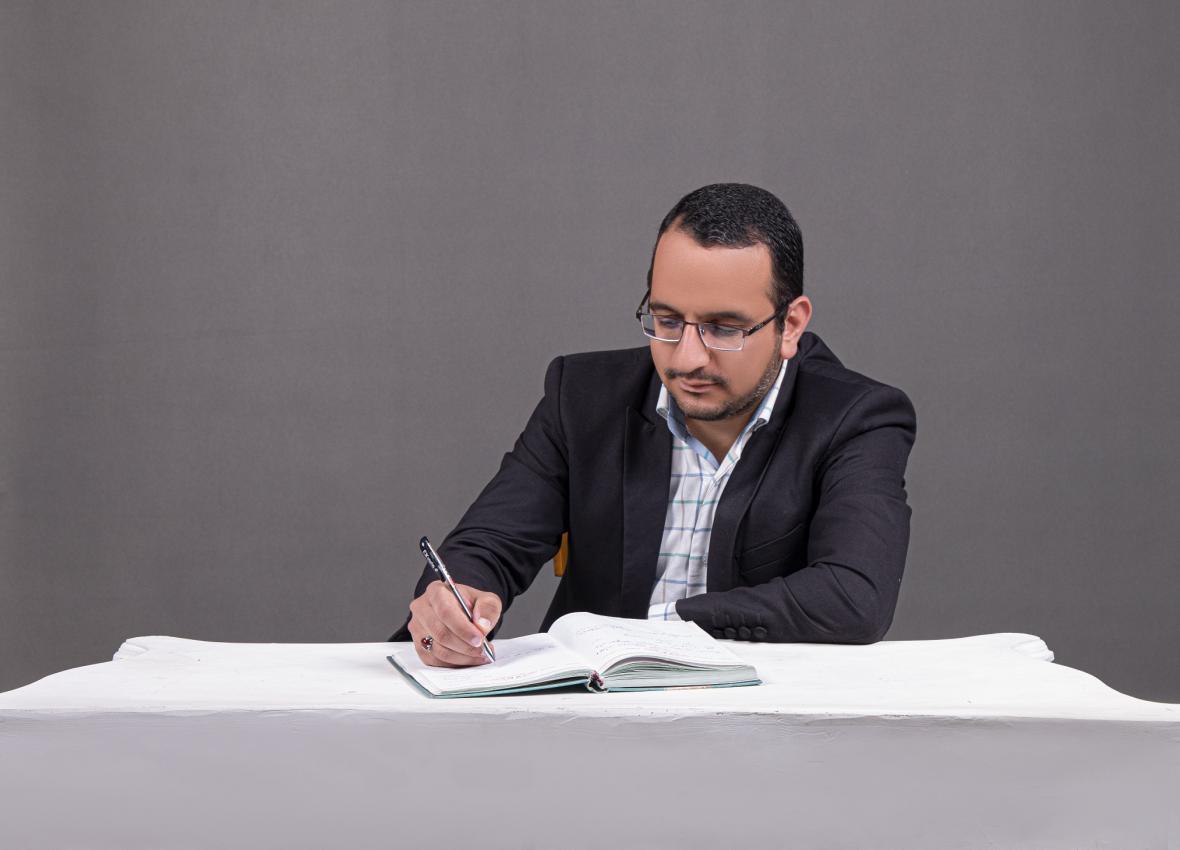 نخستین کتاب کاربرد هوش مصنوعی برای مهندسی نفت در انتشارات الزویر به چاپ رسید