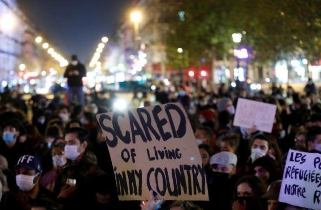 روی دیگر اروپا، مهاجر افغانی در فرانسه: پلیس ما را کتک زد