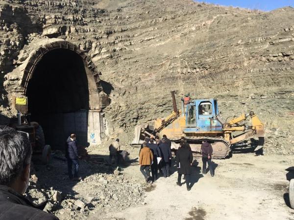خبرنگاران پروژه راه آهن شیراز - بوشهر از اولویت های دولت در سال 1400 است
