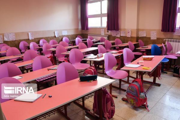 خبرنگاران مدرسه 12 کلاسه خیر ساز ویژه اتباع خارجی در دشتستان افتتاح شد
