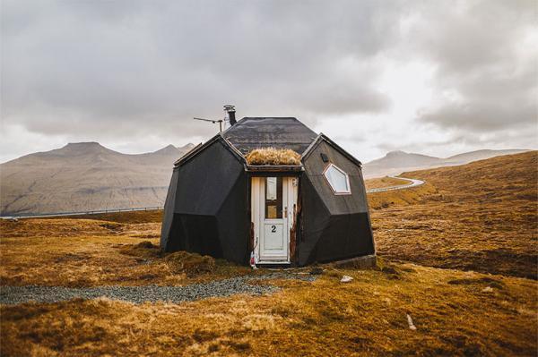 این خانه های کوچک پیش ساخته برای زندگی راحت در محیط های طبیعی ساخته شدند